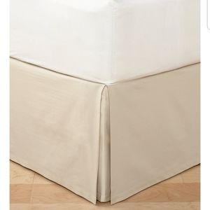 Hotel collection Distressed chevron king bedskirt